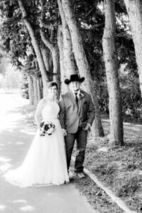 00775-©ADHPhotography2019--ColeLaurenJacobson--Wedding--September7bw