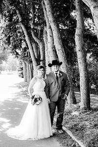 00783-©ADHPhotography2019--ColeLaurenJacobson--Wedding--September7bw