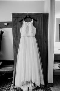 00044-©ADHPhotography2019--ColeLaurenJacobson--Wedding--September7bw