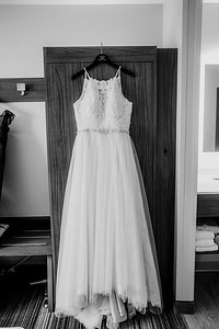 00043-©ADHPhotography2019--ColeLaurenJacobson--Wedding--September7bw