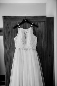 00045-©ADHPhotography2019--ColeLaurenJacobson--Wedding--September7bw