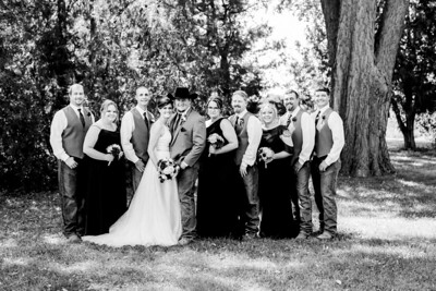 01604-©ADHPhotography2019--ColeLaurenJacobson--Wedding--September7bw