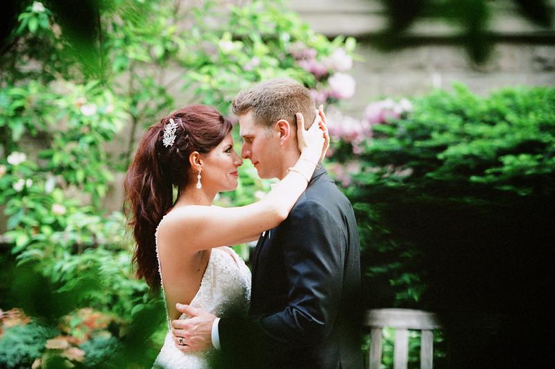 Philadelphia College of Physicians Wedding Photographs 35mm Film Jordan Bush Photography_034