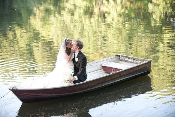 Corrin + Kevin. Holbrooke Hollow Farm Wedding.