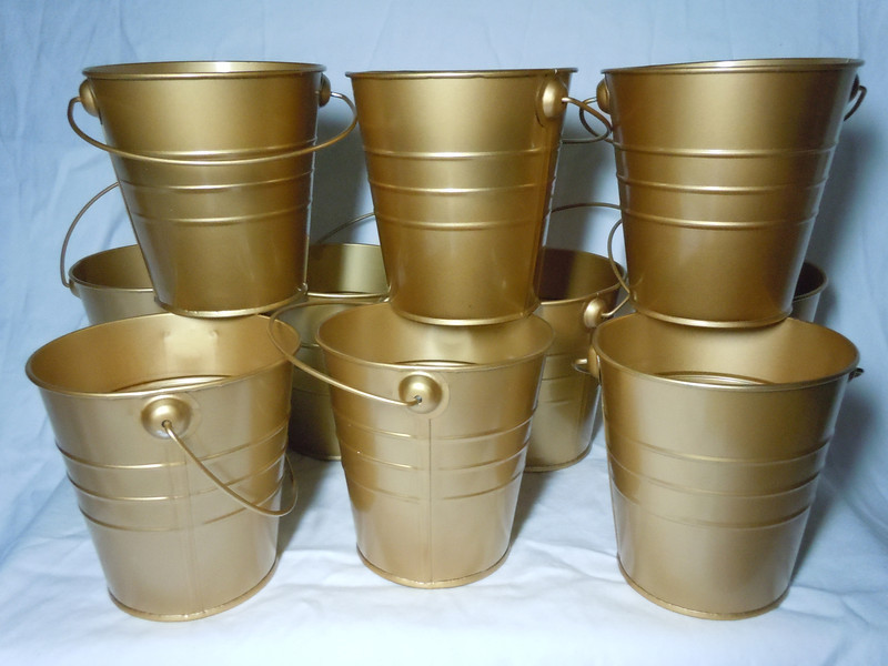metallic gold Metal Buckets with gold metal handle.  They are about 4 inches in height, 4 inches on the opening, and 2 7/8 inches on the bottom.  10 available.  $1 each or all 10 for $8
