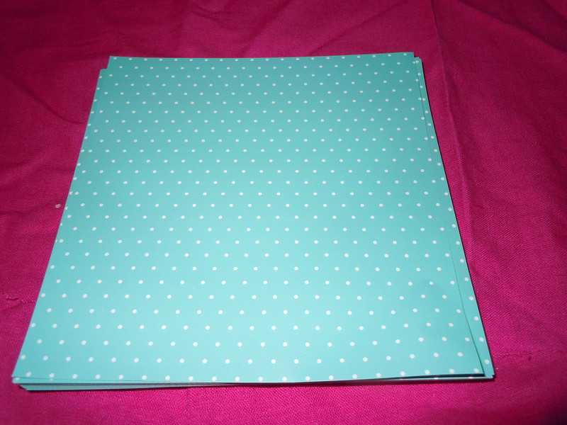 "another picture of the paper<br /> <br /> Ocean blue/green with white polka dots envelope liners, 6 1/8"" x 6 3/8""<br /> Glossy, 100 ct<br /> $8"