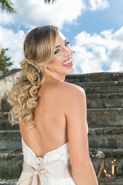 Styled Bridal Editorial @ Curtiss Mansion