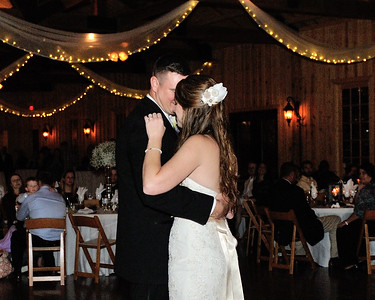 Daniel & Lindsay-112114-4052
