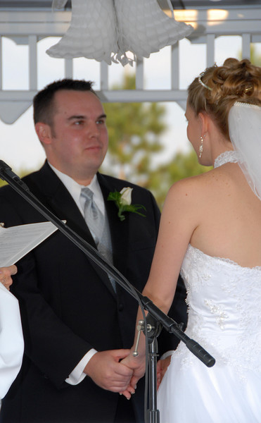David prepares to make his vows.