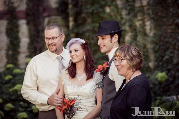 Jacob_Henry_Mansion_Wedding_Photos-Robbins-571