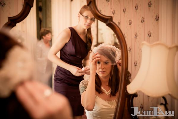 Jacob_Henry_Mansion_Wedding_Photos-Robbins-339