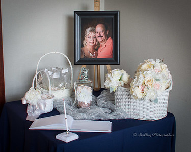 Debra and Dan's wedding photography at Quail Crossing golf course Evansville Photographer