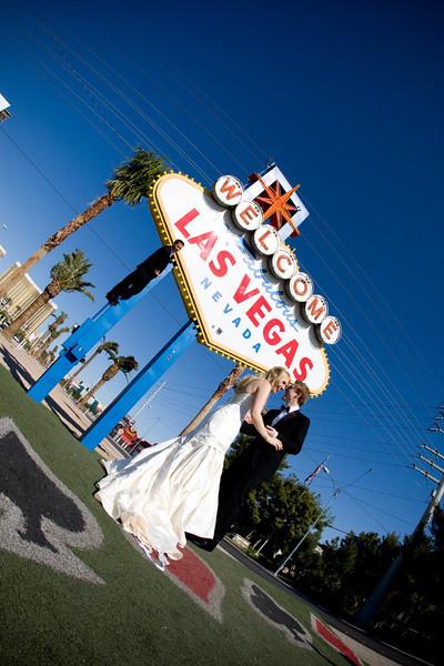 Las, Vegas, Wedding, Caesars, Palace, Wedding, Photos, The, Neon, Museum, Las, Vegas, Las Vegas neon sign graveyard Robert Evans destination wedding photographer, Robert Evans destination wedding photography
