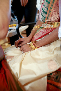Divya&Erik_GettingReady-35