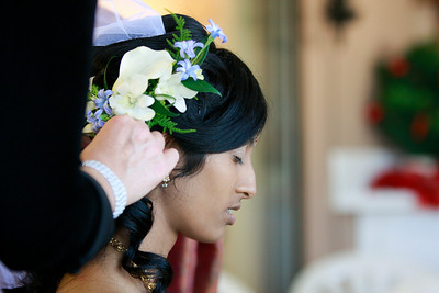 Divya&Erik_GettingReady-15