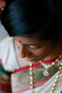 Divya&Erik_GettingReady-30