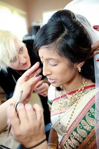 Divya&Erik_GettingReady-36
