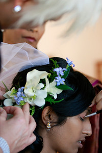 Divya&Erik_GettingReady-22