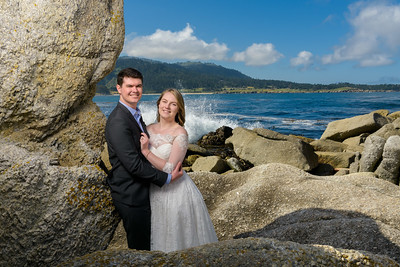 Allie and Will elope on the beach at Stewart's Cove in Carmel, California