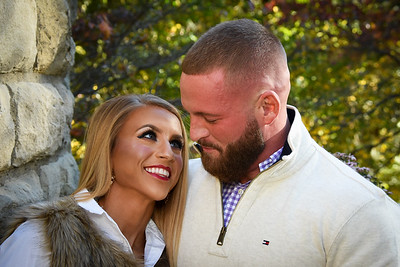 EM and Eric's engagement photos by Evansville photographer