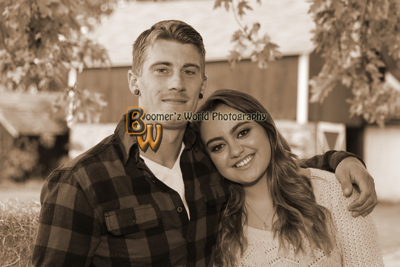 Jessica and Chris Engagement 10-9-16   11Sep
