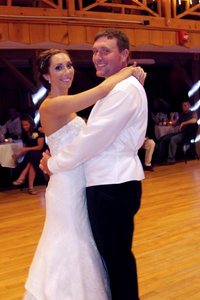 Bridal Dancing & Cake - 024