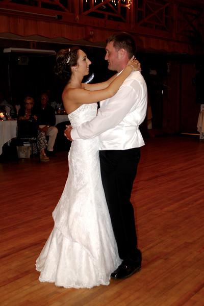 Bridal Dancing & Cake - 029