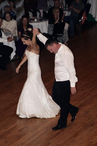 Bridal Dancing & Cake - 036