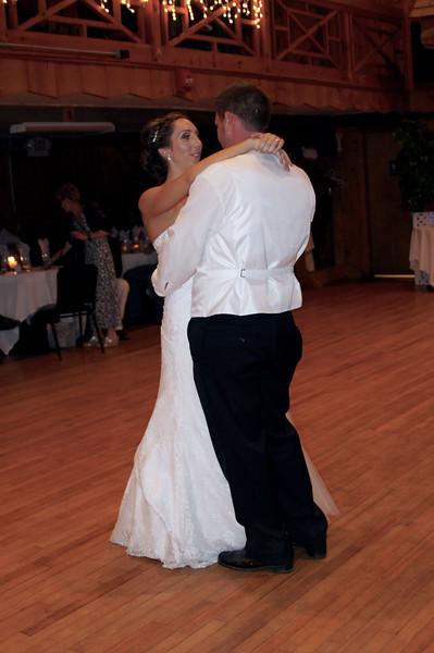 Bridal Dancing & Cake - 026