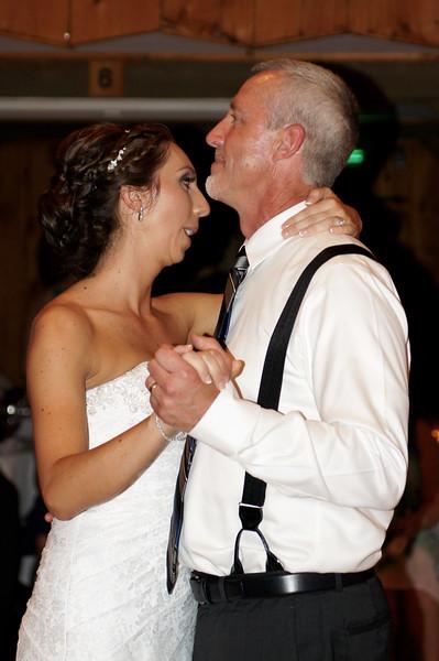 Bridal Dancing & Cake - 048