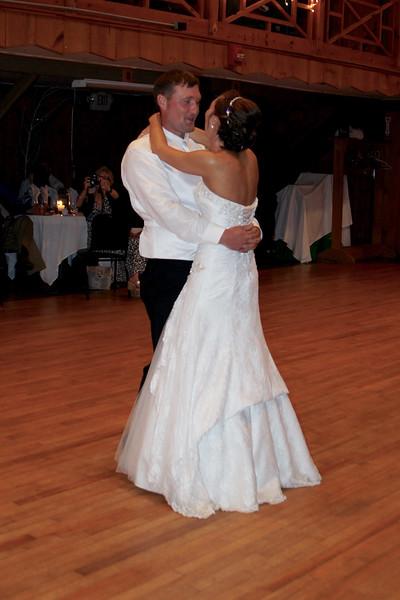 Bridal Dancing & Cake - 033