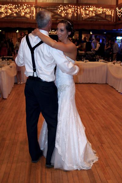 Bridal Dancing & Cake - 044