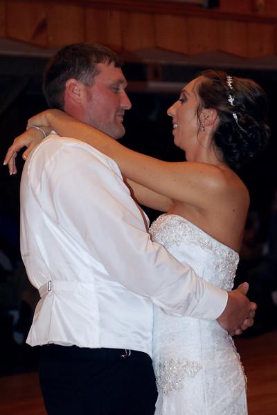 Bridal Dancing & Cake - 032