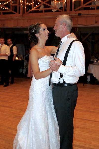 Bridal Dancing & Cake - 042