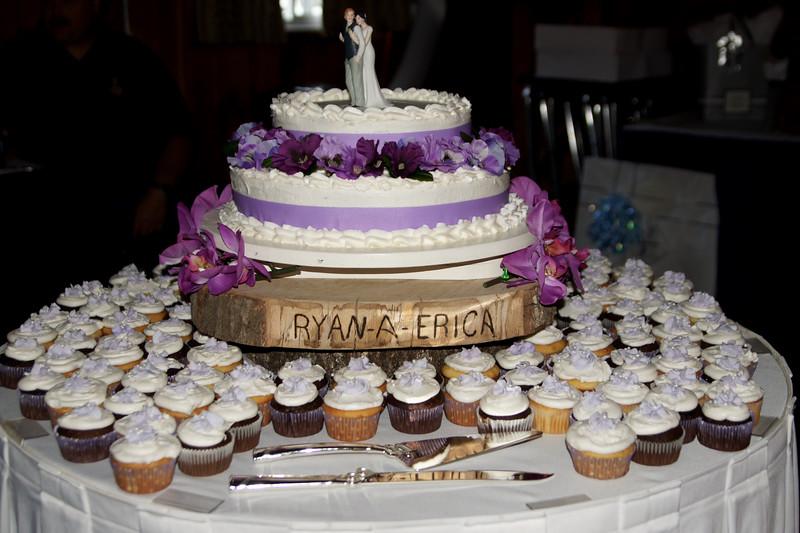 Bridal Dancing & Cake - 020