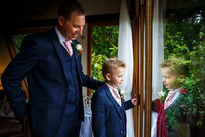Erica-James-020-millbrook-estate-devon-wedding-photographer-rebecca-roundhill