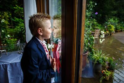 Erica-James-021-millbrook-estate-devon-wedding-photographer-rebecca-roundhill