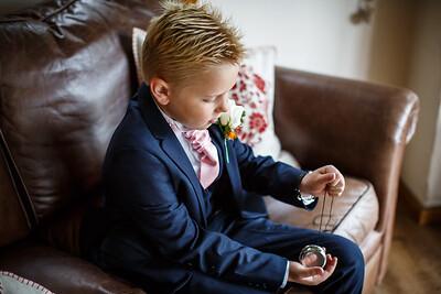 Erica-James-023-millbrook-estate-devon-wedding-photographer-rebecca-roundhill