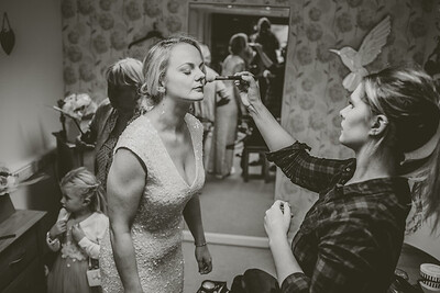 Erica-James-015-millbrook-estate-devon-wedding-photographer-rebecca-roundhill