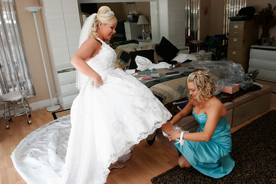 getting ready bride-29