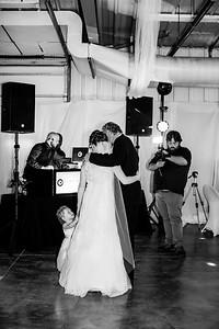 07052-©ADHPhotography2019--EvanBrandiMcConnell--Wedding--April27