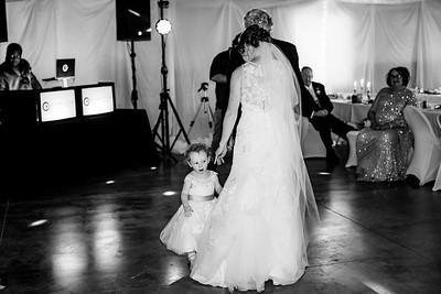 07054-©ADHPhotography2019--EvanBrandiMcConnell--Wedding--April27
