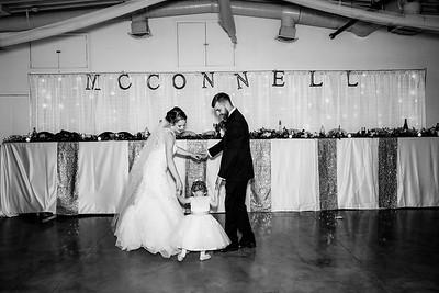 06850-©ADHPhotography2019--EvanBrandiMcConnell--Wedding--April27