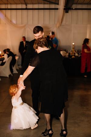 07137-©ADHPhotography2019--EvanBrandiMcConnell--Wedding--April27