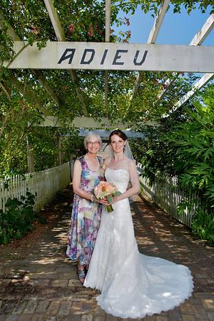 Lindsay and Chris Babcock Wedding Proofs