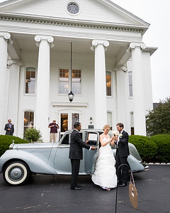 Candice and Lucas wedding day at the Griffin Gate Mansion.