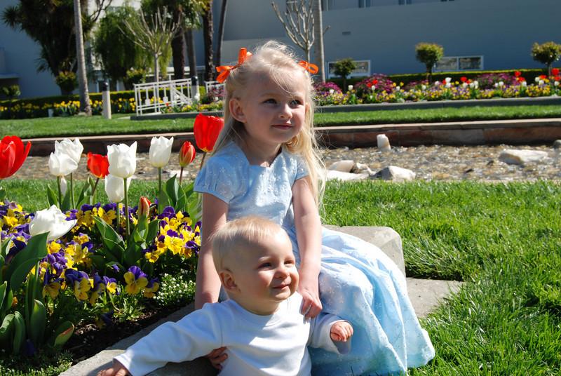 Zoie and Jonas enjoying the sunshine.