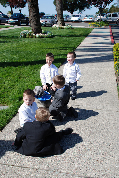 I think Max was the boys' favorite wedding guest.