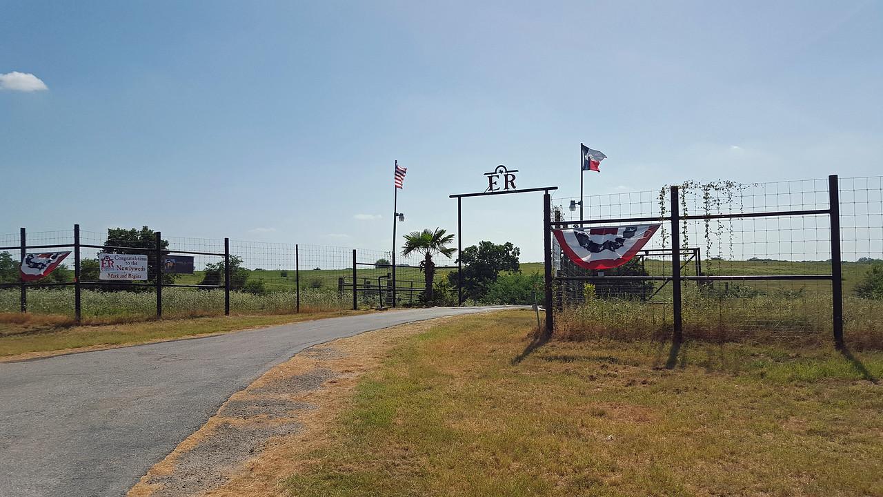gate entrance (2)