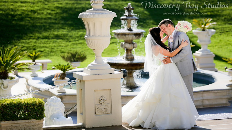 PLAY Grand Island Mansion Wedding